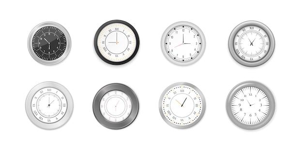 Orologi da parete rotondi bianchi e neri moderni, quadrante nero e mockup di orologio. insieme dell'icona dell'orologio dell'ufficio della parete bianca e nera. mock-up per branding e pubblicità. Vettore Premium
