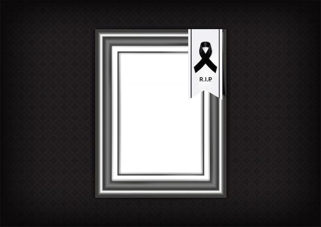Simbolo di lutto con nastro di rispetto nero e cornice sul banner di sfondo texture. rest in peace illustrazione funerale. Vettore Premium