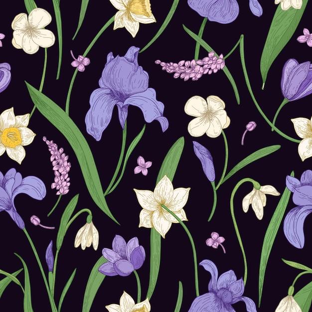 Modello senza cuciture naturale con splendidi fiori selvatici e giardino che sbocciano e foglie sul nero Vettore Premium