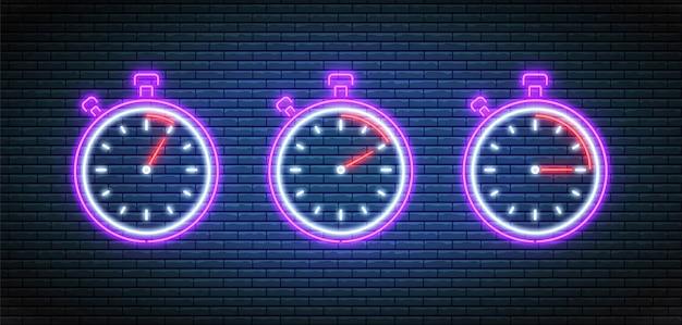 Cronometro al neon. timer con 5, 10 e 15 minuti. conto alla rovescia impostato. orologi luminosi luminosi. Vettore Premium