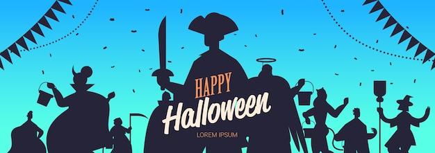 Sagome di persone in costumi diversi che celebrano felice concetto di festa di halloween lettering biglietto di auguri ritratto orizzontale copia spazio illustrazione vettoriale Vettore Premium