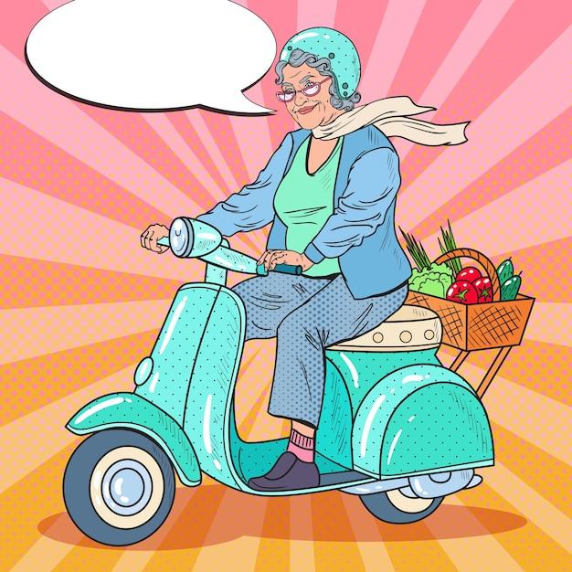 Pop art felice senior woman riding scooter Vettore Premium