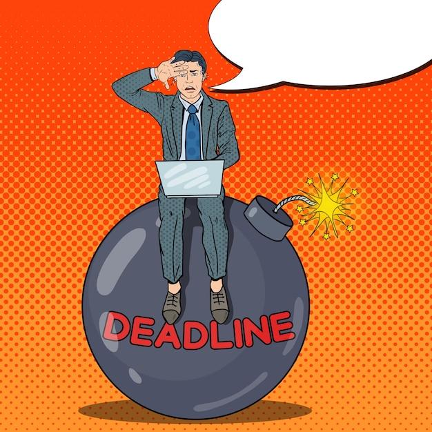 Pop art ha sottolineato l'uomo d'affari lavorando su deadline bomb. Vettore Premium