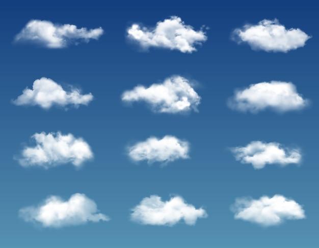 Nuvole realistiche nel cielo blu. Vettore Premium