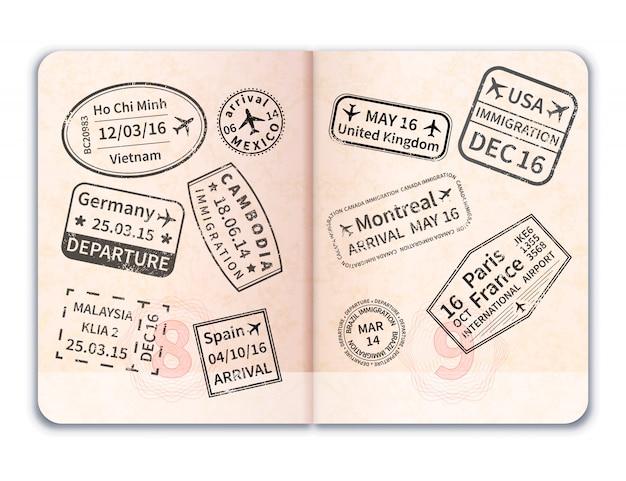 Passaporto straniero aperto realistico con i bolli neri di immigrazione su bianco Vettore Premium