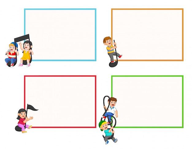 Set collezione di bambini che guidano note musicali Vettore Premium