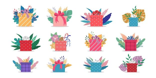 Set di simpatiche scatole regalo con nastri e fiocchi. avvolto con papper regalo colorato. compleanno o regali di natale. illustrazione Vettore Premium