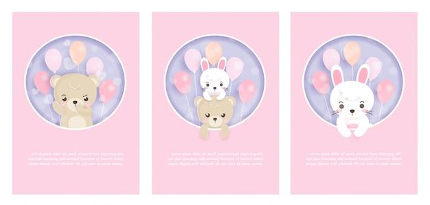 Set di simpatici biglietti di auguri con conigli e orsetti in carta tagliata e stile artigianale. Vettore Premium