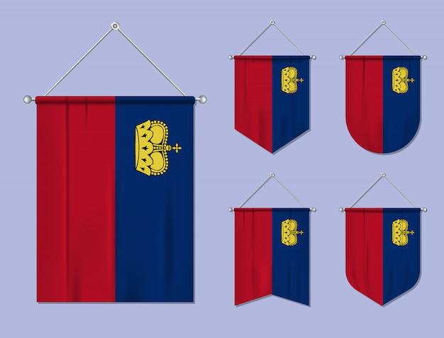 Set di appendere bandiere liechtenstein con trama tessile. forme di diversità del paese di bandiera nazionale. stendardo modello verticale Vettore Premium