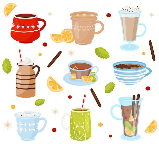Set di tazze con gustosi drink. bevande deliziose caffè, cioccolata calda, tè e vin brulè Vettore Premium