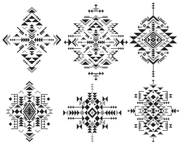 Set di sei elementi di motivi etnici in bianco e nero con forme geometriche Vettore Premium