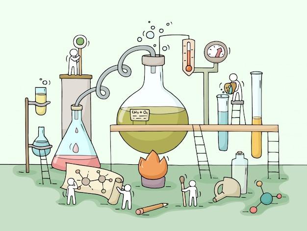 Schizzo di esperimento chimico con piccole persone che lavorano Vettore Premium