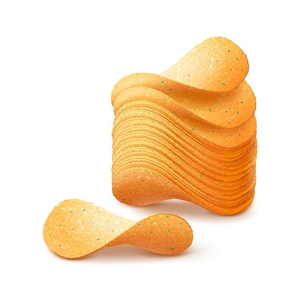 Pila di patatine fritte croccanti close up isolati su sfondo bianco Vettore Premium
