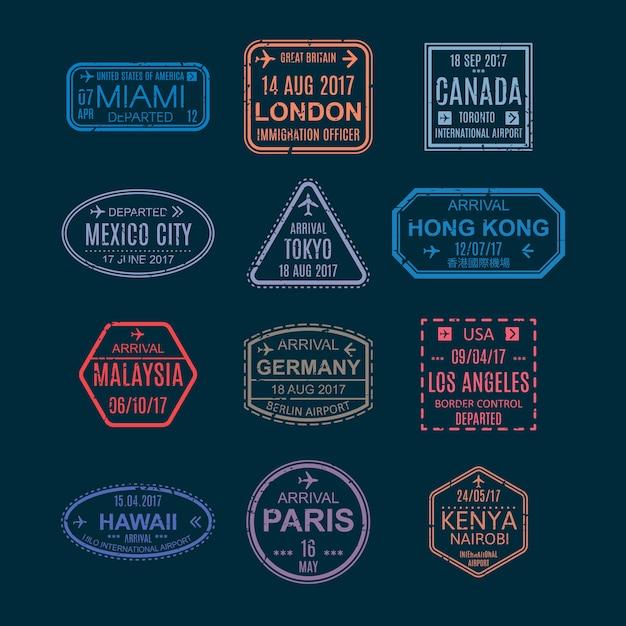 Francobolli e segni di visto sul passaporto, simboli con segni dall'illustrazione dell'aeroporto. Vettore Premium