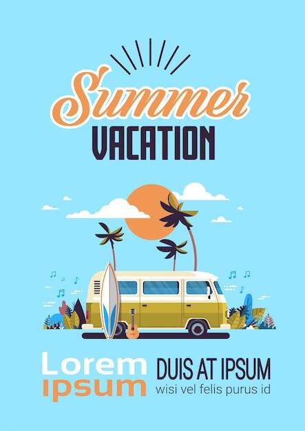 Annata praticante il surfing della spiaggia tropicale di tramonto del bus del surf di vacanze estive retro Vettore Premium