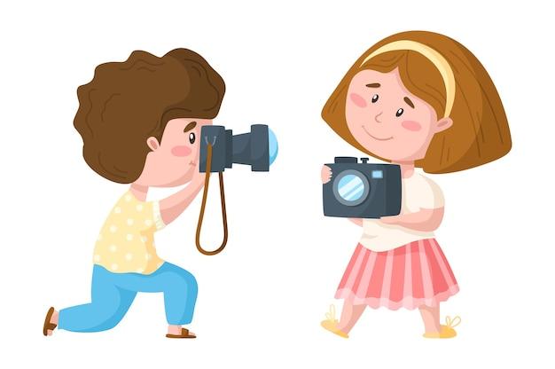 Ragazzo e ragazza svegli del fumetto di viaggio con la macchina fotografica della foto Vettore Premium