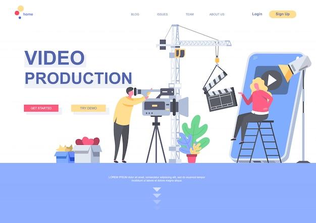 Modello di pagina di destinazione piatta di produzione video. operatore con la videocamera che fa film nella situazione dello studio. pagina web con personaggi di persone. illustrazione di industria di produzione di contenuti video Vettore Premium