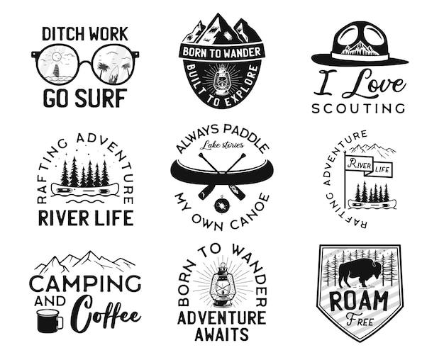 Loghi del campo vintage, set di distintivi di montagna. Vettore Premium