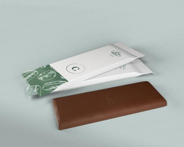 Barretta di cioccolato in plastica che avvolge il modello Psd Gratuite