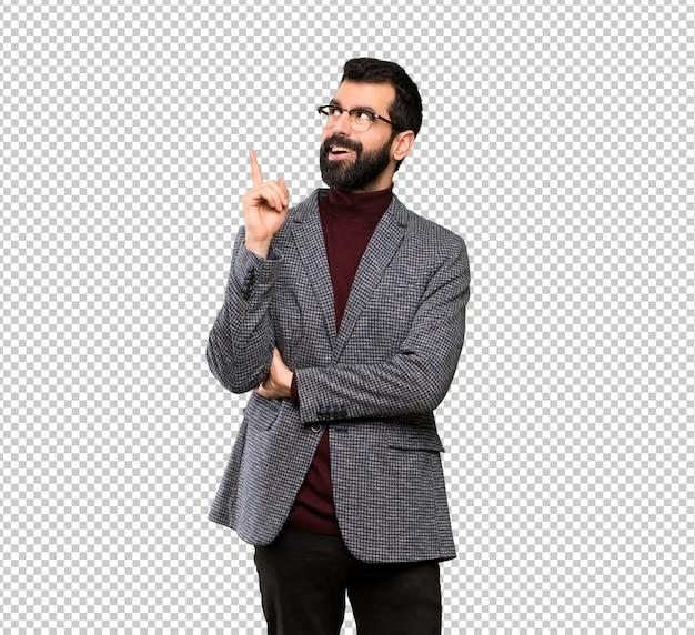Bell'uomo con gli occhiali pensando un'idea un'idea che punta il dito verso l'alto Psd Premium