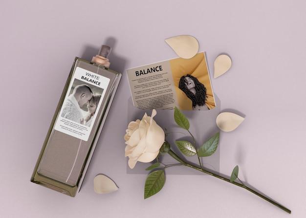 Beschrijving parfumflesje Gratis Psd