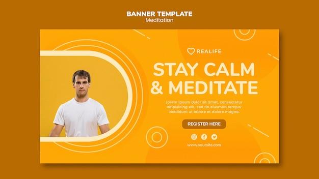 Blijf kalm en mediteer de sjabloon voor spandoek Gratis Psd