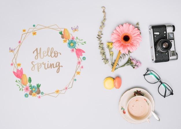 Bloemenkadermodel voor de lente Gratis Psd