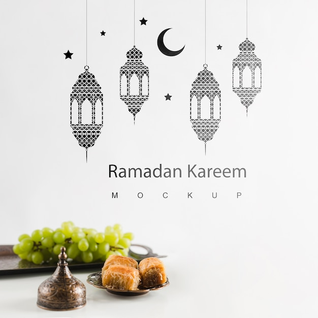Bodegón de ramadán con copyspace PSD gratuito