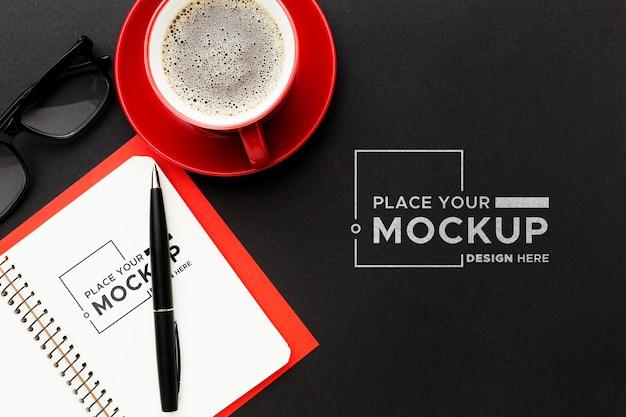 Bovenaanzicht van bureau concept mock-up Gratis Psd