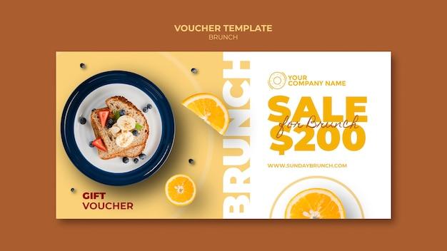 Brunch-thema voor vouchersjabloon Gratis Psd