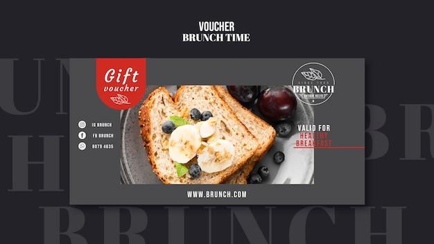 Brunch tijd cadeaubon sjabloon Premium Psd