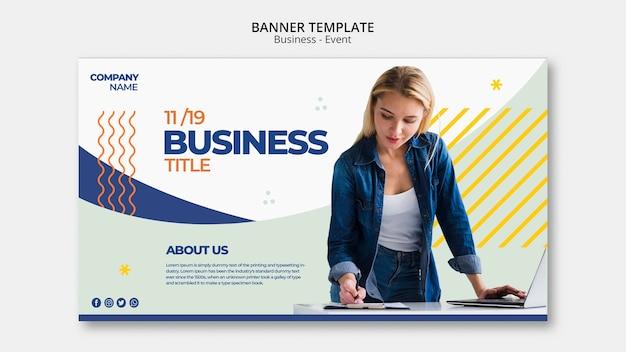 Business evenement banner concept met vrouw die werkt Gratis Psd