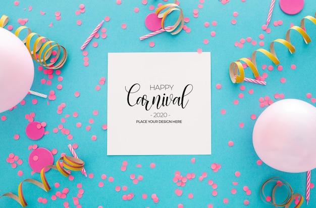 Carnaval-achtergrond met confettien en ballons op blauw Gratis Psd