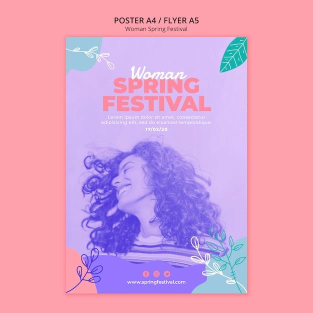 Cartel con tema de festival de primavera de mujer PSD gratuito