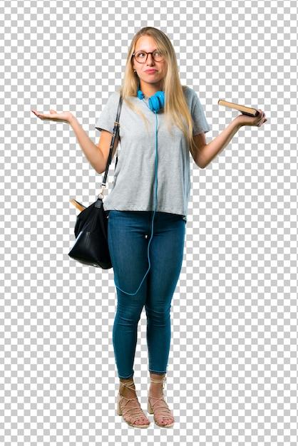 Chica estudiante con gafas haciendo gestos sin importancia y dudas mientras levanta los hombros y las palmas de las manos PSD Premium
