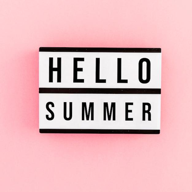 Ciao mockup carta estate su sfondo rosa Psd Gratuite