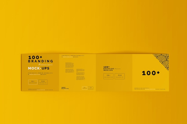 Close-up op verpakking van vier-voudige vierkante brochure-mockup Premium Psd