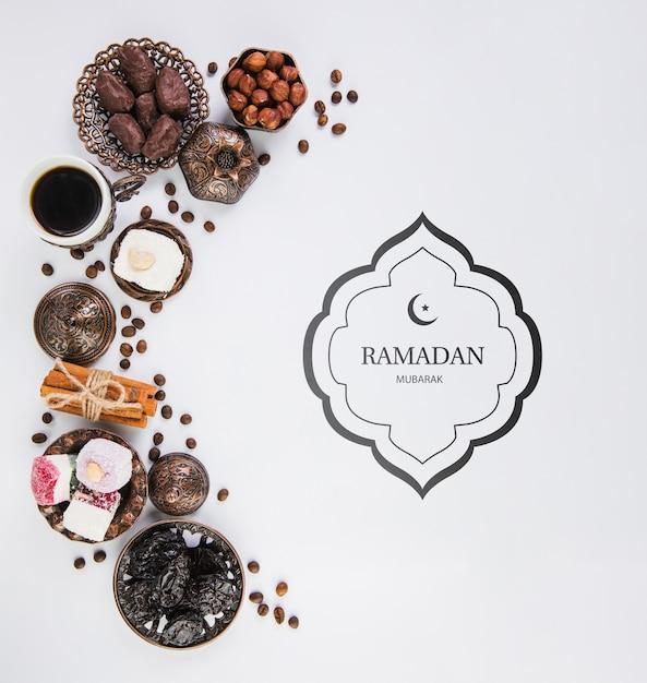 Composizione piana del ramadan laico con copyspace Psd Gratuite