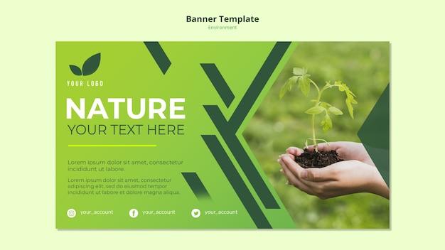 Concepto de plantilla de banner de naturaleza verde PSD gratuito
