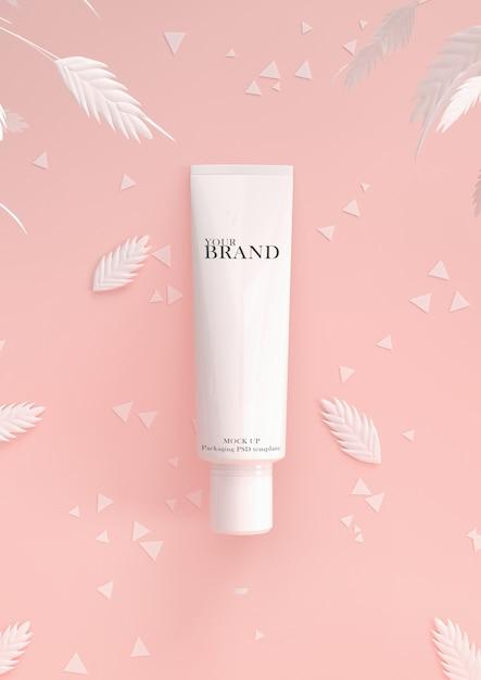 Cosmética premium cuidado de la piel hidratante en la superficie de las hojas PSD Premium