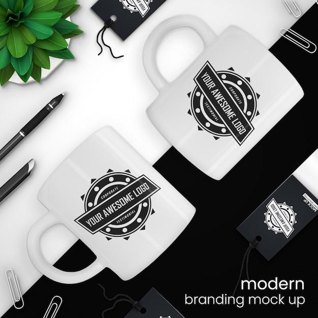 Creatief, modern koffiekopje en verkoopmarkeringsmodel Premium Psd