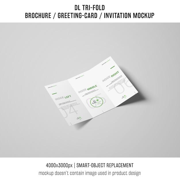 Creatieve driebladige brochure of uitnodigingsmodel Gratis Psd