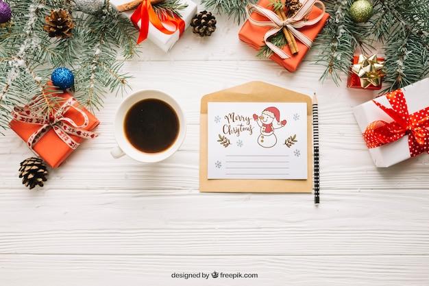 Creatieve letter mockup met kerst ontwerp Gratis Psd