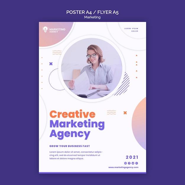 Creatieve marketing poster sjabloon Gratis Psd