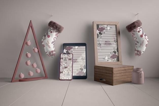Decoraties en moderne apparaten voor kerstmis Gratis Psd