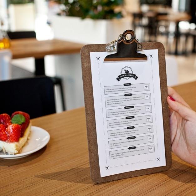 Diseño de mock up de menú de restaurante | Descargar PSD gratis