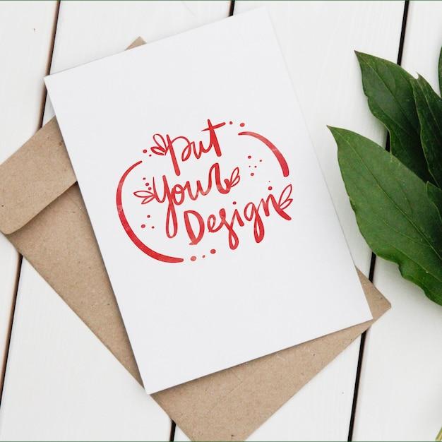 Diseño de plantilla de tarjetas PSD gratuito