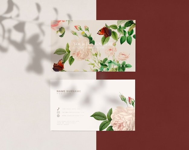 Diseño de tarjeta de presentación floral PSD gratuito