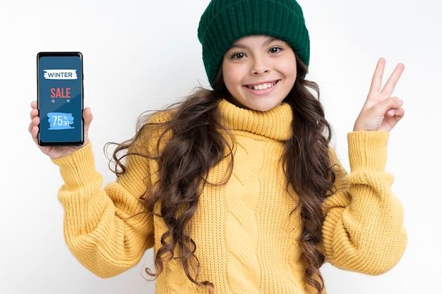 Dispositivos electrónicos en rebajas en temporada de invierno PSD gratuito