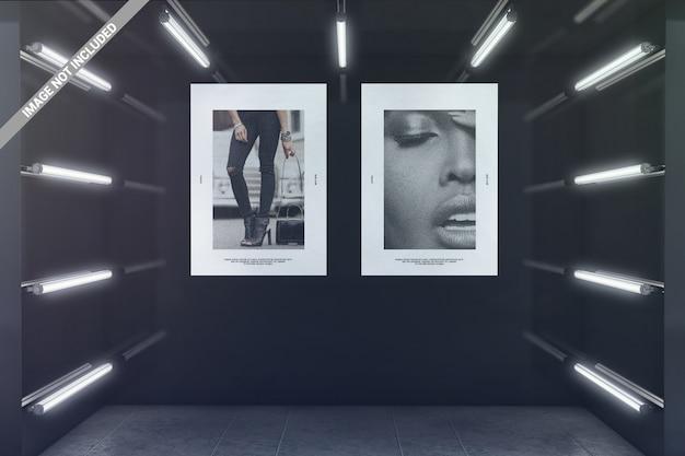 Due poster nel mockup della sala espositiva luminosa Psd Premium